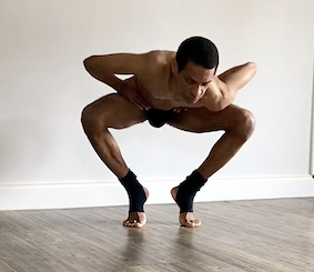 Body balance with shoulder root